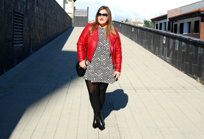plus size- fashion- street style- red biker- forever 21- zara